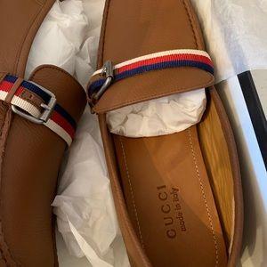 Nib Gucci men's shoes 10.5